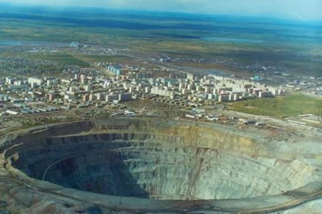biggest meteor hit earth - photo #40