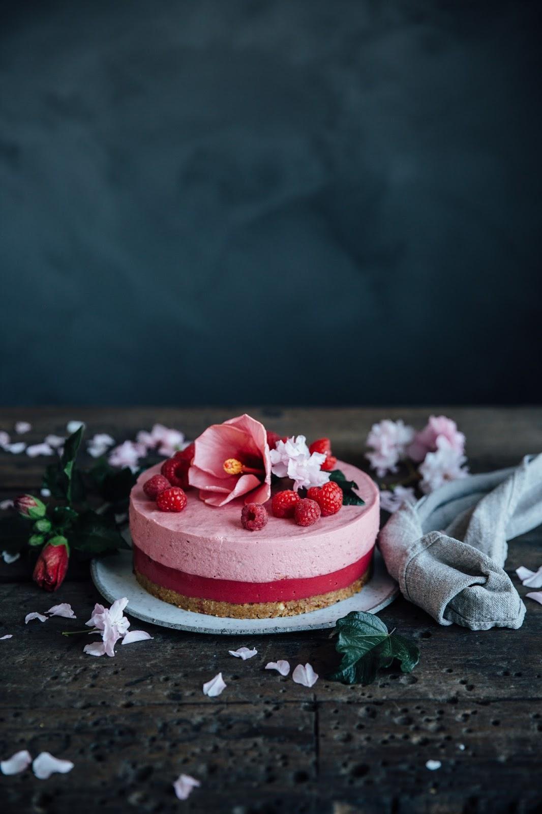 glutenfree kusmi tea infused no-bake raspberry cake