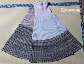 ブルガリアスカート、1枚目と2枚目の比較
