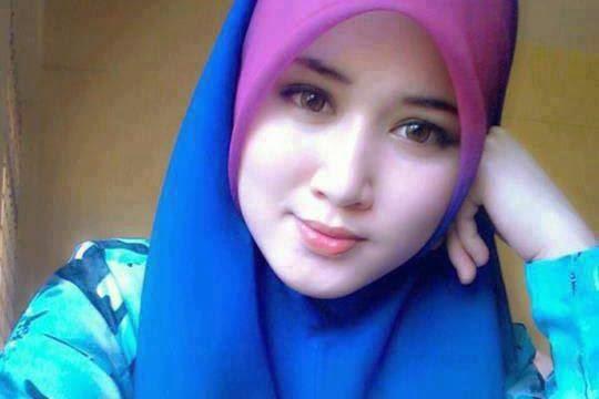 Pirdot Foto Wanita Cantik Untuk Wallpaper Hp