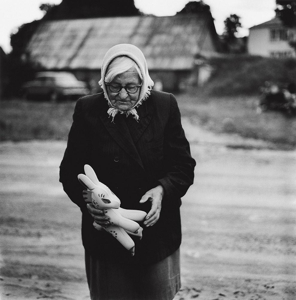 50 Amazing Black And White Photographs That Capture