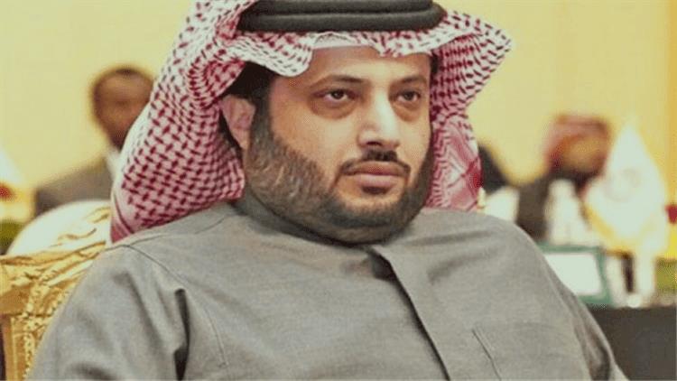 تركي آل الشيخ يقرر مقاضاة نجم الزمالك السابق