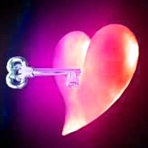 Batu Mustika Kunci Hati Pasangan