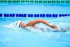 4 Faktor Utama dan 8 Teknik Berenang yang Baik dan Benar bagi Pemula