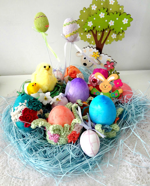 Easter Egg Flower Pods – free pattern