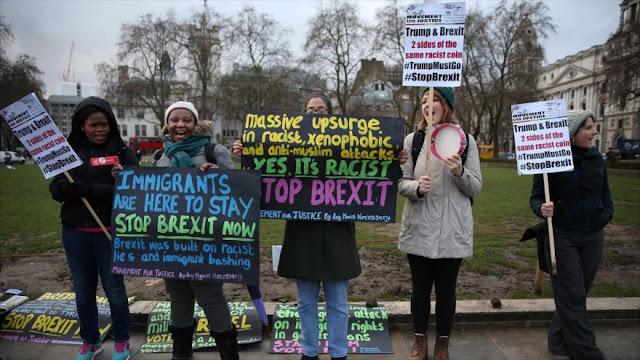 Activistas protestan en Londres por 'brexit' y racismo de Trump