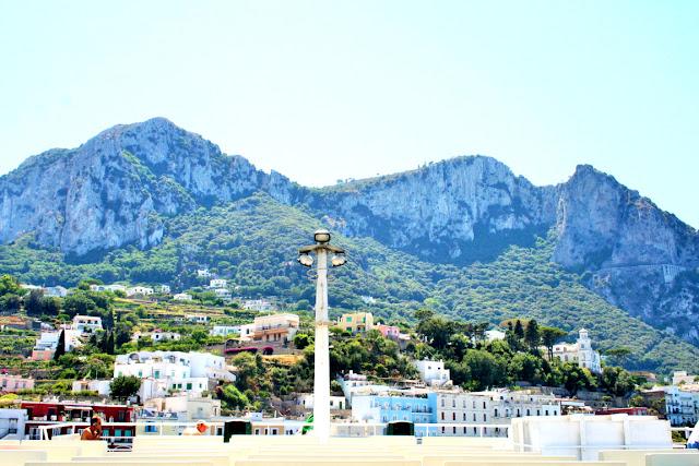 Capri, isola, case, monti, cielo
