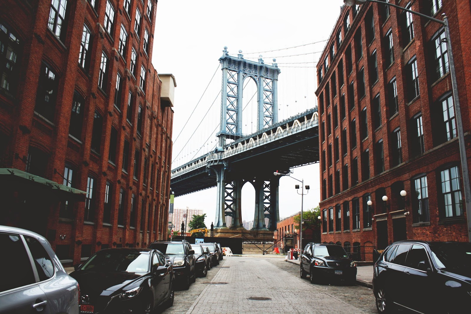 dumbo brooklyn new york city impepevelablog. Black Bedroom Furniture Sets. Home Design Ideas
