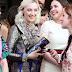 Saoirse Ronan no desfile Cruise 2018 da Gucci, no Palácio Pitti de Florença, Itália – 29/05/2017 x1