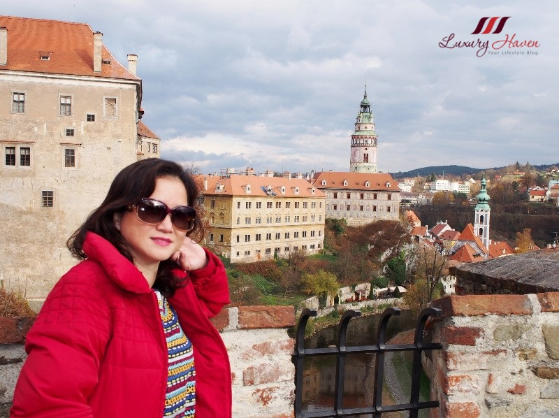 europe sightseeing view of cesky krumlov castle