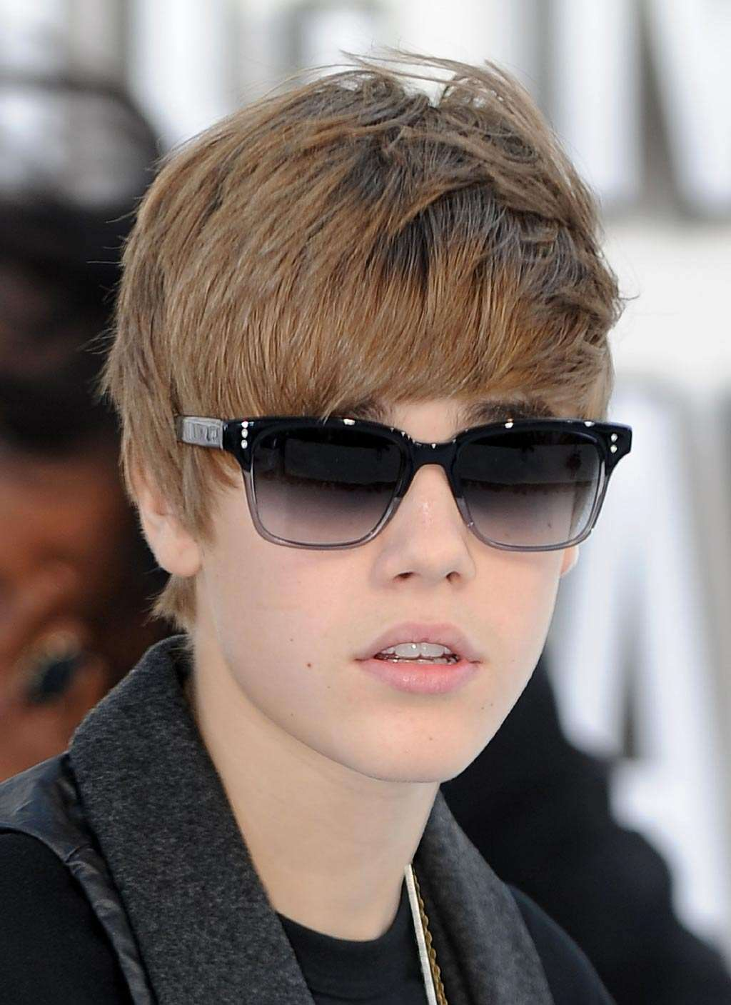Hair Styles & Haircuts: Justin Bieber Hairstyles For 2011