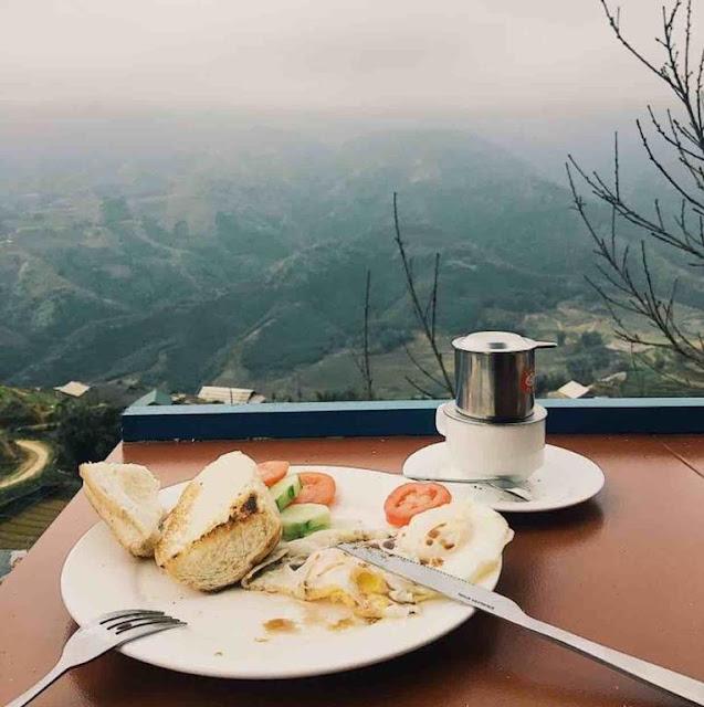 Sapa-odyssey-hostel-breakfast