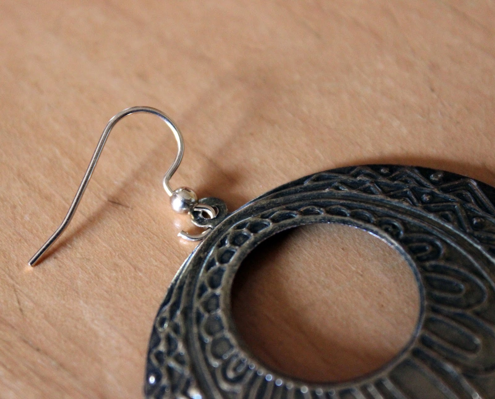 what of earrings for sensitive ears luhivy s favorite things diy earring for sensitive ears 1816