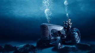 Amazing tractor underwater best wallpapers