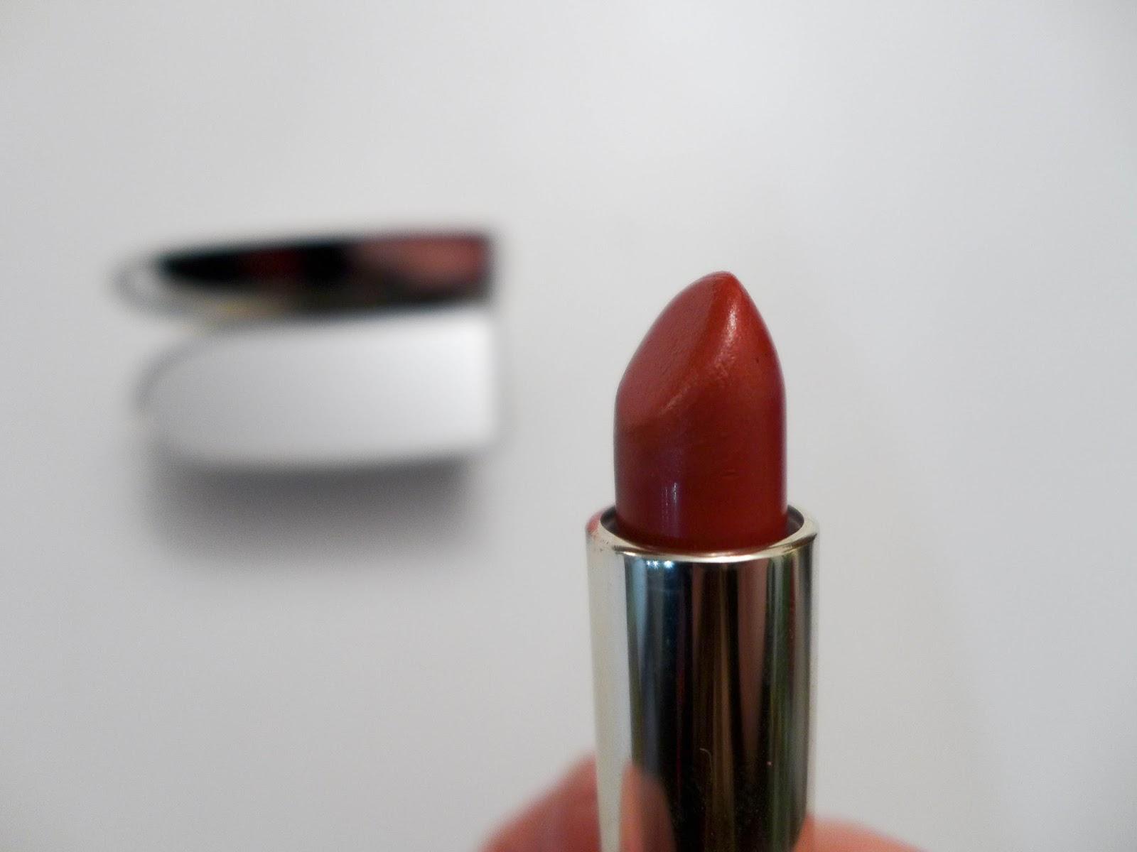 raisin rouge à lèvres gisela Guerlain