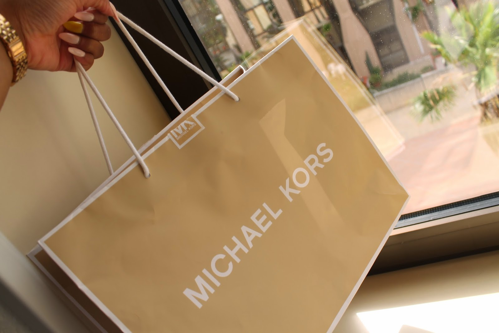 2db664c96a Chioma - Beauty Blogger  unboxing  Michael Kors Red Large Hamilton ...
