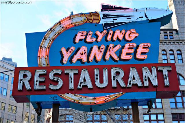 Rótulo de Neón del Flying Yankee Restaurant de Auburn
