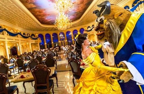 Área e Castelo da Bela e a Fera na Disney em Orlando
