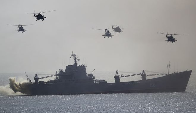 Το ΝΑΤΟ Στέλνει Πολεμικά Πλοία Στο Στενό Του Κερτς! Ρωσία:Ότι Πετάει Καταρρίπτεται Ότι Πλέει Βυθίζεται!