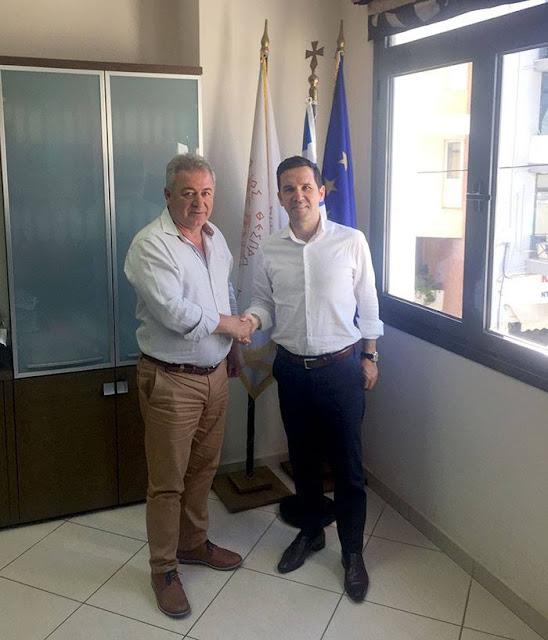 Θεσπρωτία: Συνάντηση Δημάρχου Ηγουμενίτσας με τον πρόεδρο του Παγκοσμίου Συμβουλίου Ηπειρωτών