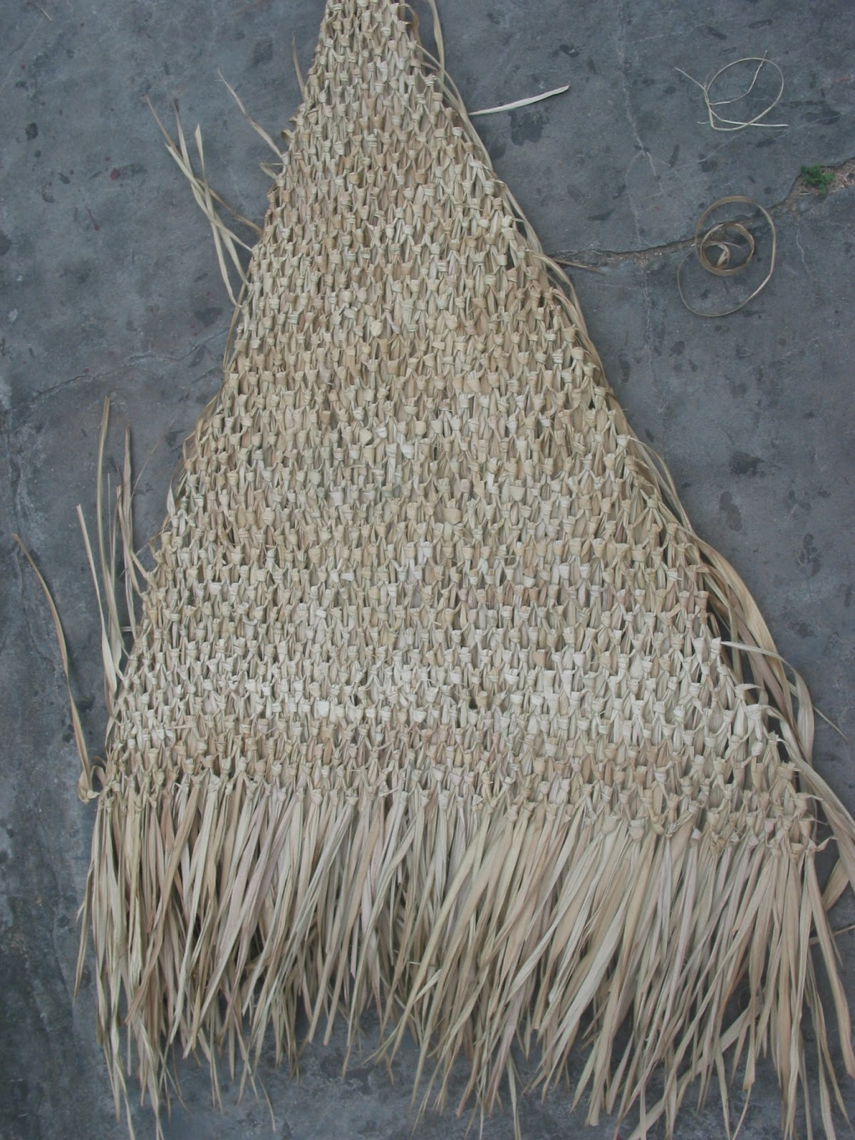 Quality Bamboo And Asian Thatch Grass And Palm Palapa