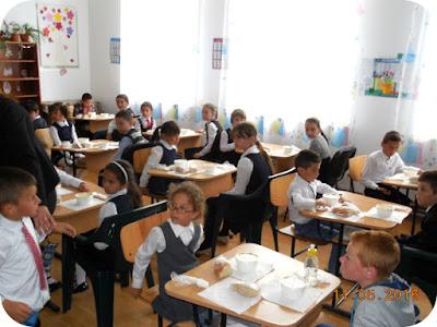masa calda la scoala