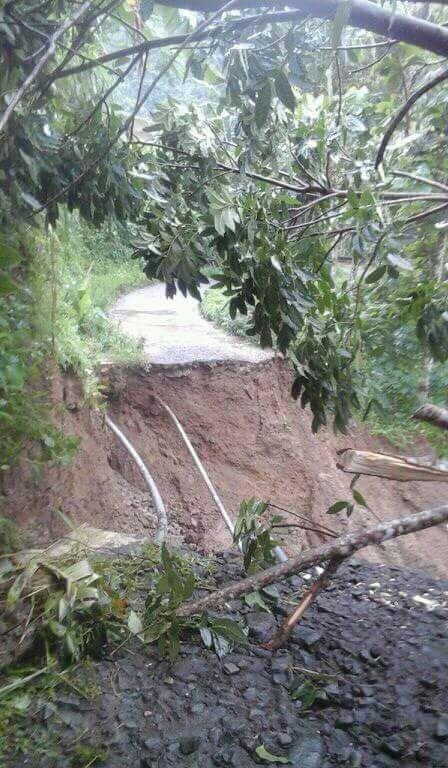 160 Jiwa Terisolir Akibat Jalan Penghubung Desa Pinara - Desa Gunung Manik Terputus