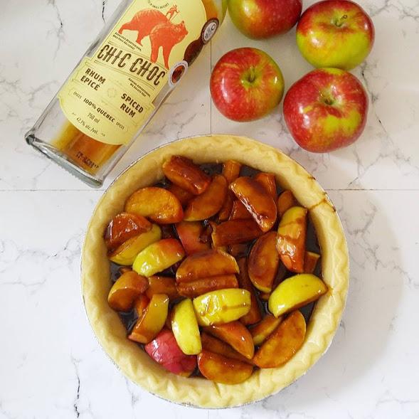 Tarte aux pommes caramel salé au rhum épicé