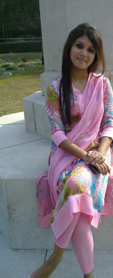 Salwar Panty Visible - Mega Porn Pics-1465