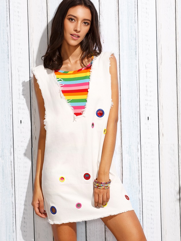http://us.shein.com/Deep-V-Neck-Eyelet-Frayed-Tank-Dress-With-Colorful-Striped-Cami-Top-p-300102-cat-1780.html?utm_source=libertadgreen.blogspot.com&utm_medium=blogger&url_from=libertadgreen