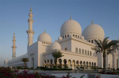 abu dhabi sheikh zayed masjid,sheikh zayed grand mosque,place to visit in uae