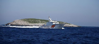 Η κυβέρνηση παραδίδει χώρο στην Τουρκία και μαθήματα πατριωτισμού στους Έλληνες...
