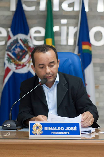 Presidente da Câmara de Escada faz acusações contra o governo, que logo rebate com nota