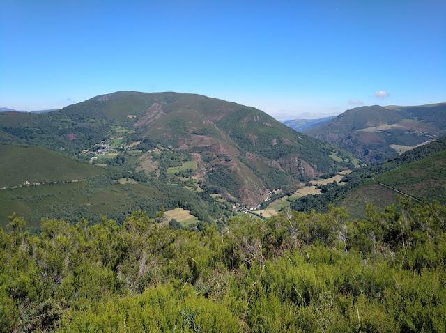 Mirador del Montecín viendo Moal a nuestros pies