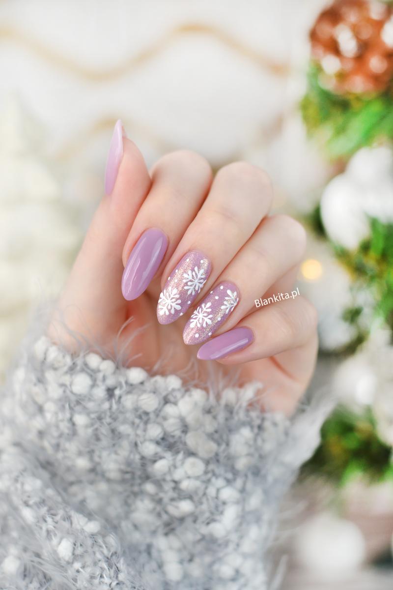 snieg na paznokciach, recznie malowane, semi art, snowflakes nail, zimowe paznokcie, sniezynki, paznokcie