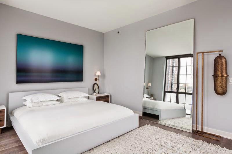 Apartamento decorado com atmosfera masculina. Blog Achados de Decoração