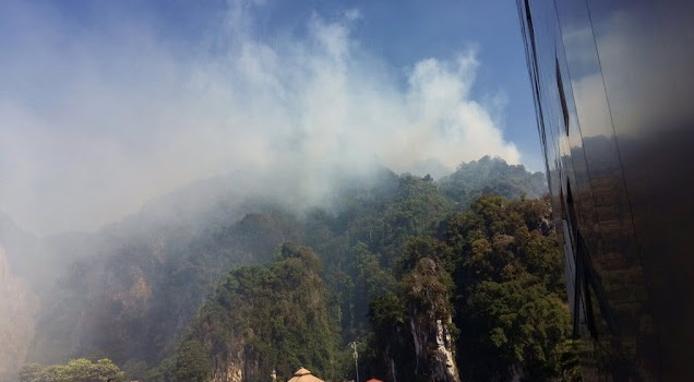 Video Bukit Batu Caves Terbakar