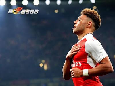 Serius Inginkan Chamberlain, Chelsea Siapkan Tawaran Kedua 35 Juta Pounds Pada Arsenal