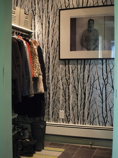The Peak of Très Chic: Wallpapered Closets
