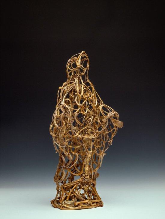 John Paul Azzopardi esculturas feitas a partir de ossos bones bizarro sombrio morte esqueleto