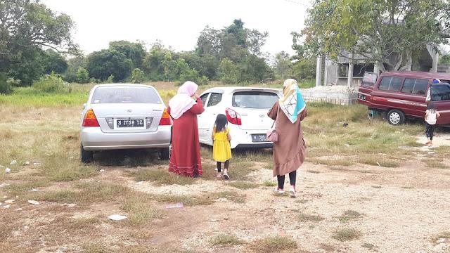 Area Parkir Mobil