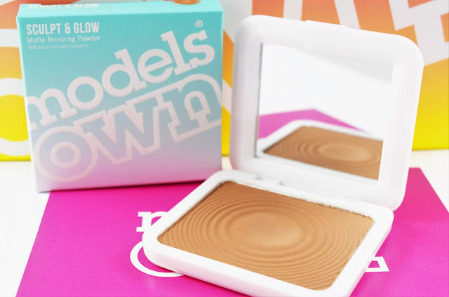 Models Own Sculpt & Glow Contouring Bronzing Powder in Light Tan