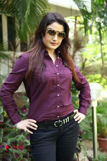 Vincent Asokan Sonia Agarwal Akhil Saran Nayana Starring Yevanavan Movie Stills  0017.jpg