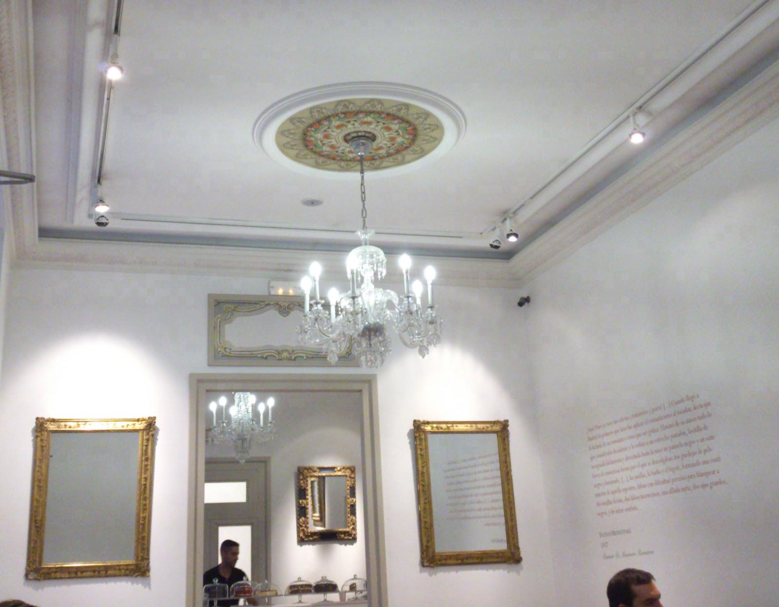 Charada   Merienda romántica y look de fiesta 057fd708f098