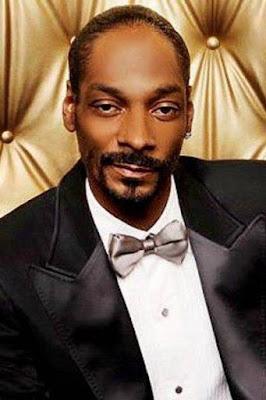 قصة حياة سنوب دوغ (Snoop Dogg)، مغني أمريكي، من مواليد يوم 20 أكتوبر 1971.
