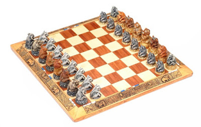 AFRICAN ARTS AND CHESS SETS
