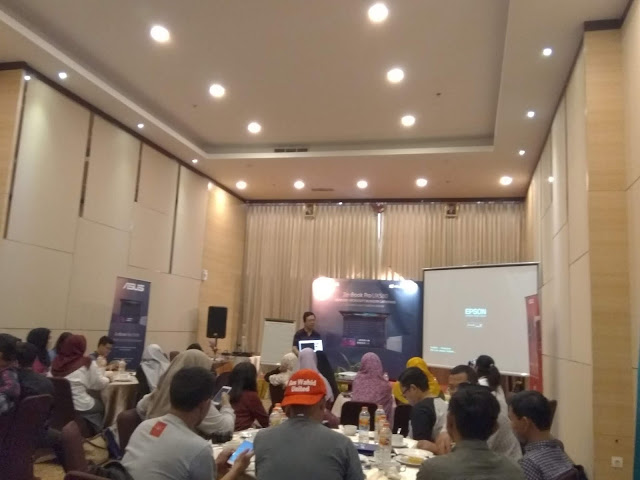 Serunya Kopdar Akhir Tahun Komunitas Blogger Semarang Bersama ASUS ZenBook Pro UX580GD- ZenBookId, AsusBloggerGathering