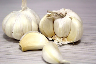 health benefits of garlic, health benefits of garlic powder, health benefits of garlic for men, health benefits of garlic and honey, health benefits of garlic oil, health benefits of garlic tea, health benefits of garlic stuffed olives, health benefits of garlic and onions, health benefits of garlic supplement, health benefits of garlic water,