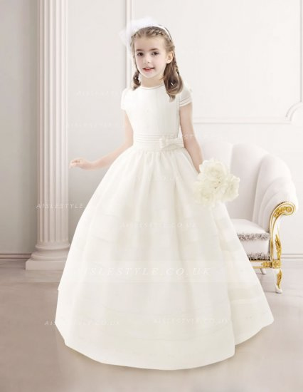 I choose five dresses to share with you today on this post that are from their girl's communion dresses they are suitable for girls from age six to twelve I guess. Suitable for me to buy for my beautiful nieces who are seven and nine. Even though all of them are white communion dresses in the pictures, when you click on the site, you can choose the color or your liking or you can stick to white and choose to have angels as daughters in the holidays.