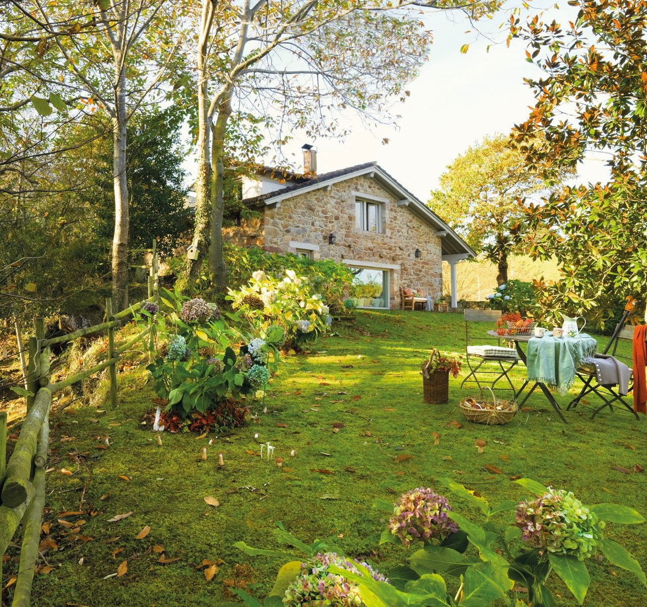 Family House With Wonderful Garden
